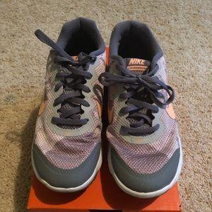 Nike Flex Experience RN4 Women's Size 7.5